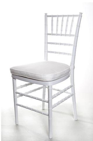 sedia-modello-chiavarina-colore-bianco